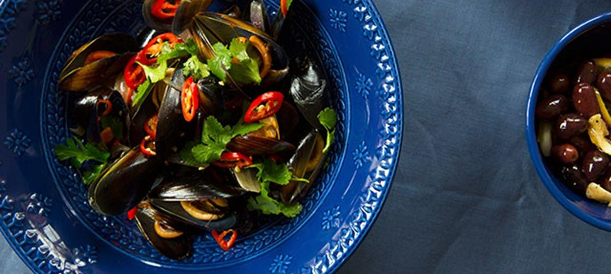 Chilli Mussels on our Ponto Dinnerware
